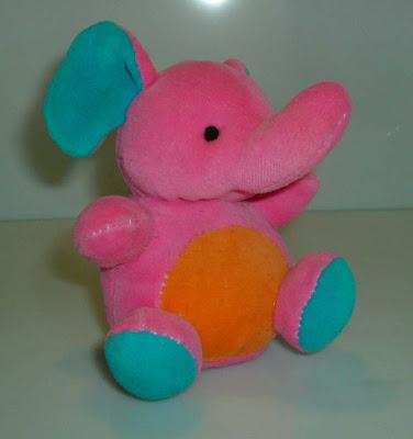 Megint egy rózsaszín elefánt