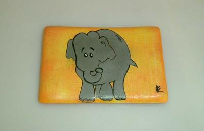 Sárga elefántos hűtőmágnes