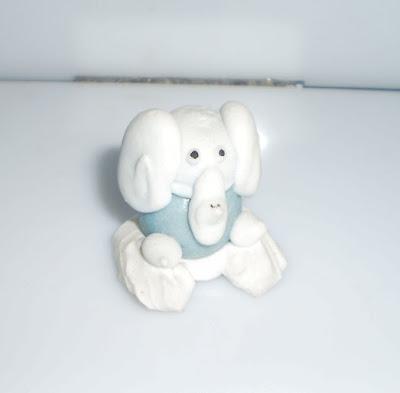 Elefánt rágóból