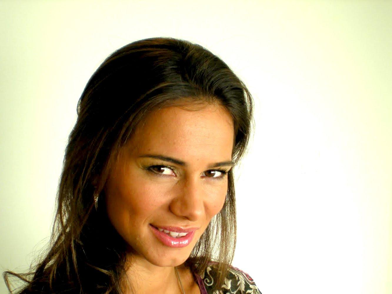 Cláudia Vieira 43