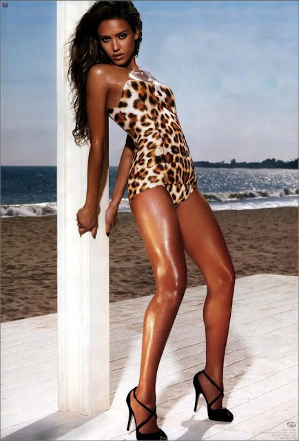 Hot Jessica Alba's bikini Photos