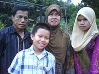 Ayah, Ibu, Angah, Abang