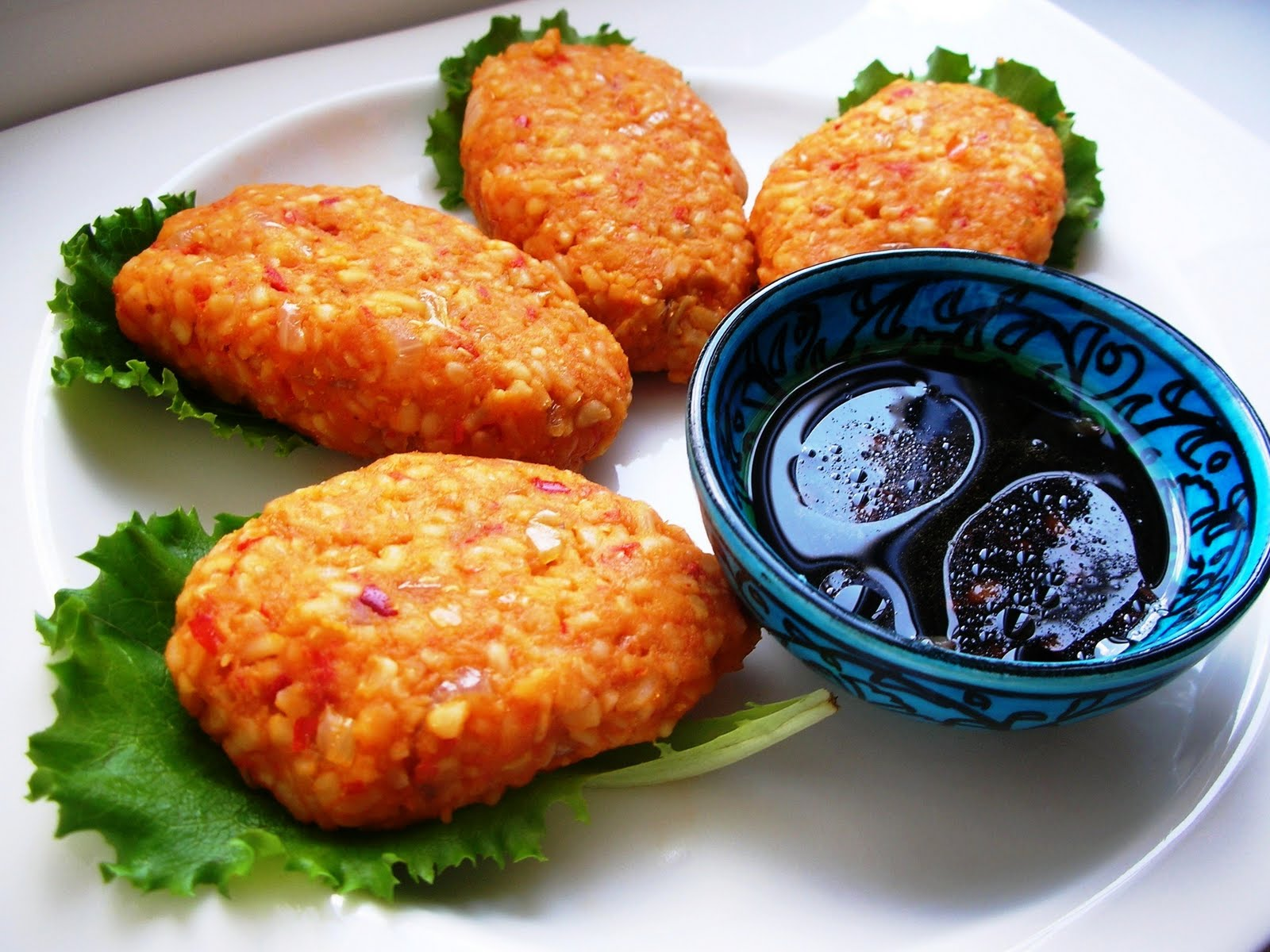 ... and Lentil Patties - Mercimekli Bulgur Kofte | Ozlem's Turkish Table