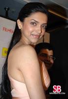 Deepika Padukone Filmfare Awards Pictures10