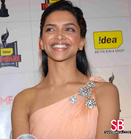 Deepika Padukone Filmfare Awards Pictures3