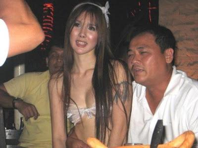 Sistem Genosida (Cleansing Ethnic) terhadap Tionghoa Melalui Desakan Kawin Campur Amoi dengan Lelaki Pribumi Fankui 11055_102268163131742_100000456776846_59422_3239302_n