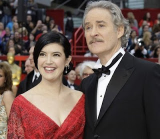 Mistress of all evil oscars fashion smack down for What does phoebe cates look like now