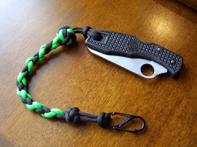 Stormdrane 39 s blog spiral braids and lanyard knots for Easy paracord lanyard