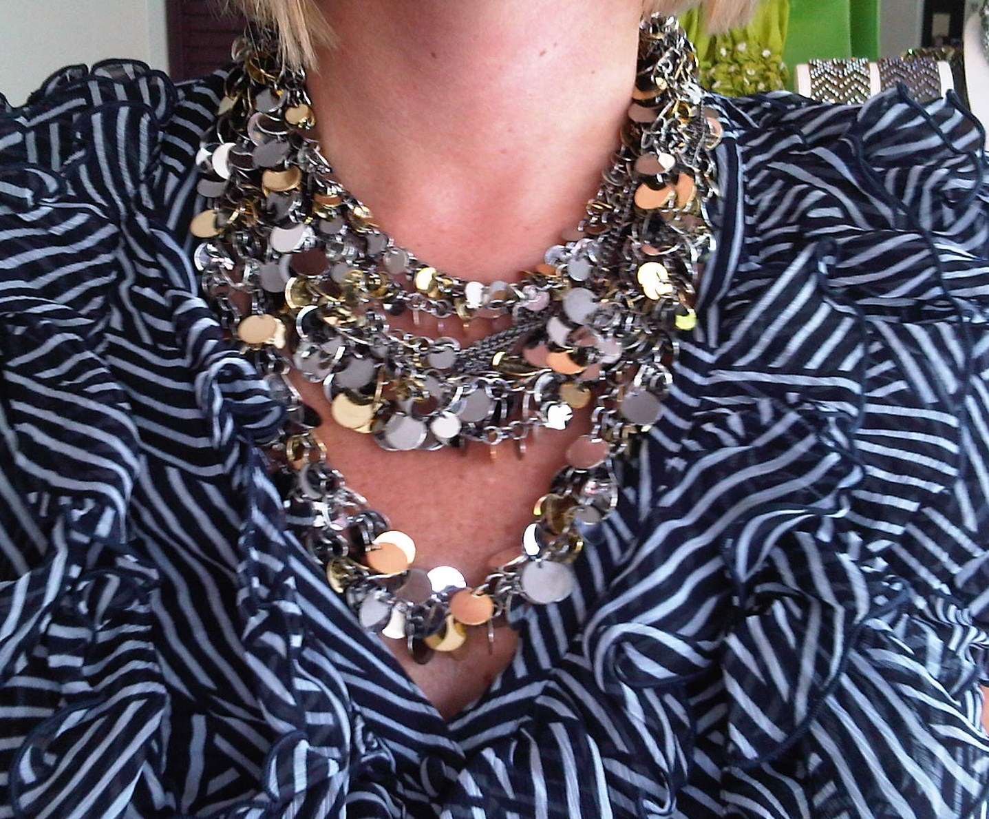 http://3.bp.blogspot.com/_vdvyFuHPSiM/TGnktN7vbVI/AAAAAAAAAFI/DuEi892XNEY/s1600/kjl+necklace.jpg