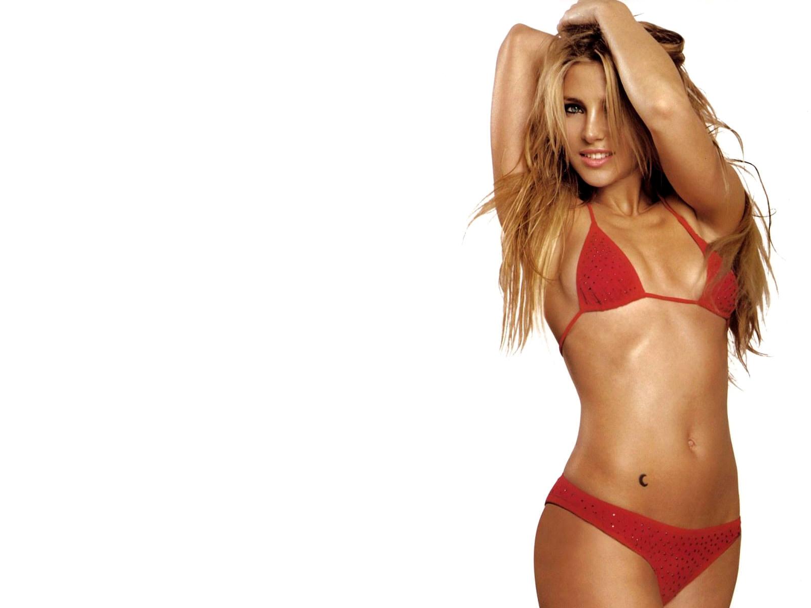 sexy celebs bikini wallpaper 9 bikini screensaver