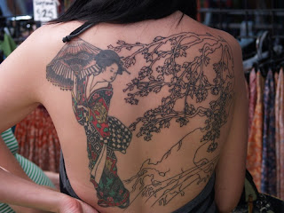 Japanese Geisha Tattoo Designs With Image Sexy Girls Showing Japanese Geisha Tattoo On The Backpiece Picture 4