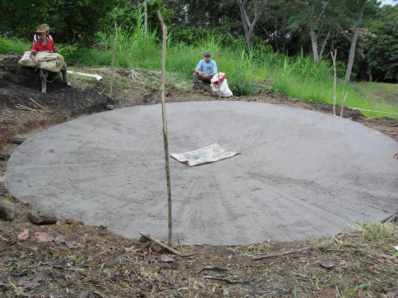 Jovenes rurales emprendedores instalaci n estanque peces for Como hacer un estanque para peces casero