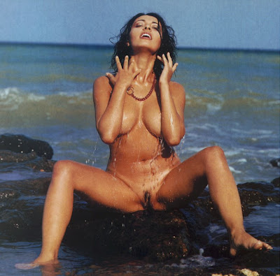 all girls on star trek nude