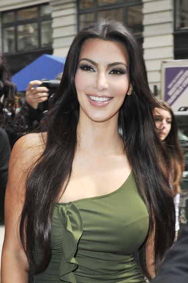 Kim Kardashian's impressive body Curves