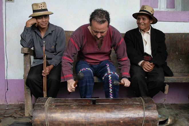 RANFERI CON MUSICOS DE CHAJUL