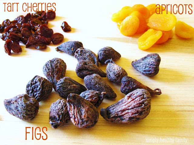 figs + apricots and orange juice and the second with figs + cherries ...