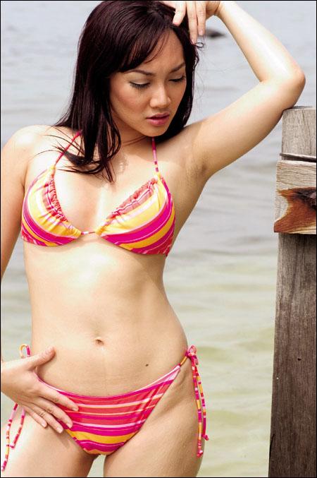 Indonesia Hot Bikini Sexy and Smart