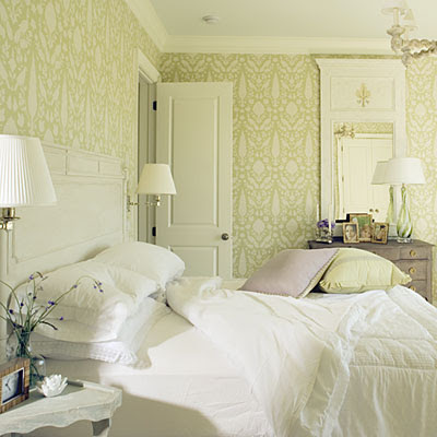 The House Itch: light & airy guest bedroom.