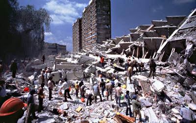 http://3.bp.blogspot.com/_vlfOk0y13X8/S1OAAV24Z1I/AAAAAAAAAVI/bEEQvUrN5Yg/s320/terremoto.jpg