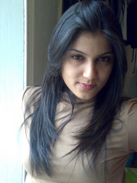 Navi mumbai girl with nice tits strips for boyfriend