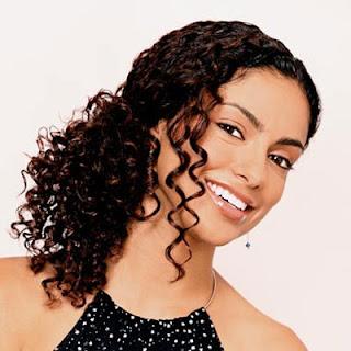 penteadps cabelos crespos Penteados Madrinhas e Noivas   Cabelos Cacheados ou Enrolados