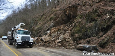 TDOT truck near Gatlinburg Pigeon Forge rockslide