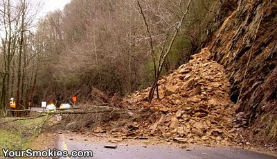 Pigeon Forge - Gatlinburg  Spur Reopens as GSMNP Deals with More Weather Related Issues
