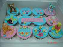Fondant cupcake (cartoon characters)