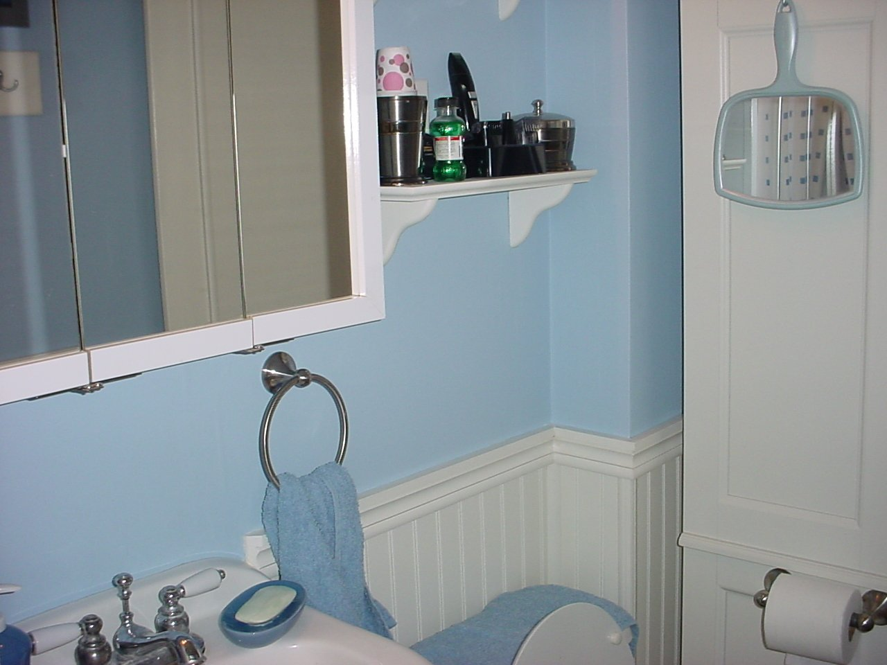 M&M\'s Blog: Scotty\'s Stripper Bathroom!