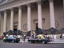 sobre las columnas de la Catedral Metropolitana
