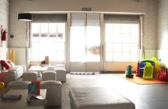 el interior, el salón