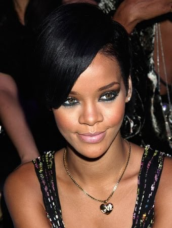 Camellia Confidential: In the Navy.... Rihanna Makeup