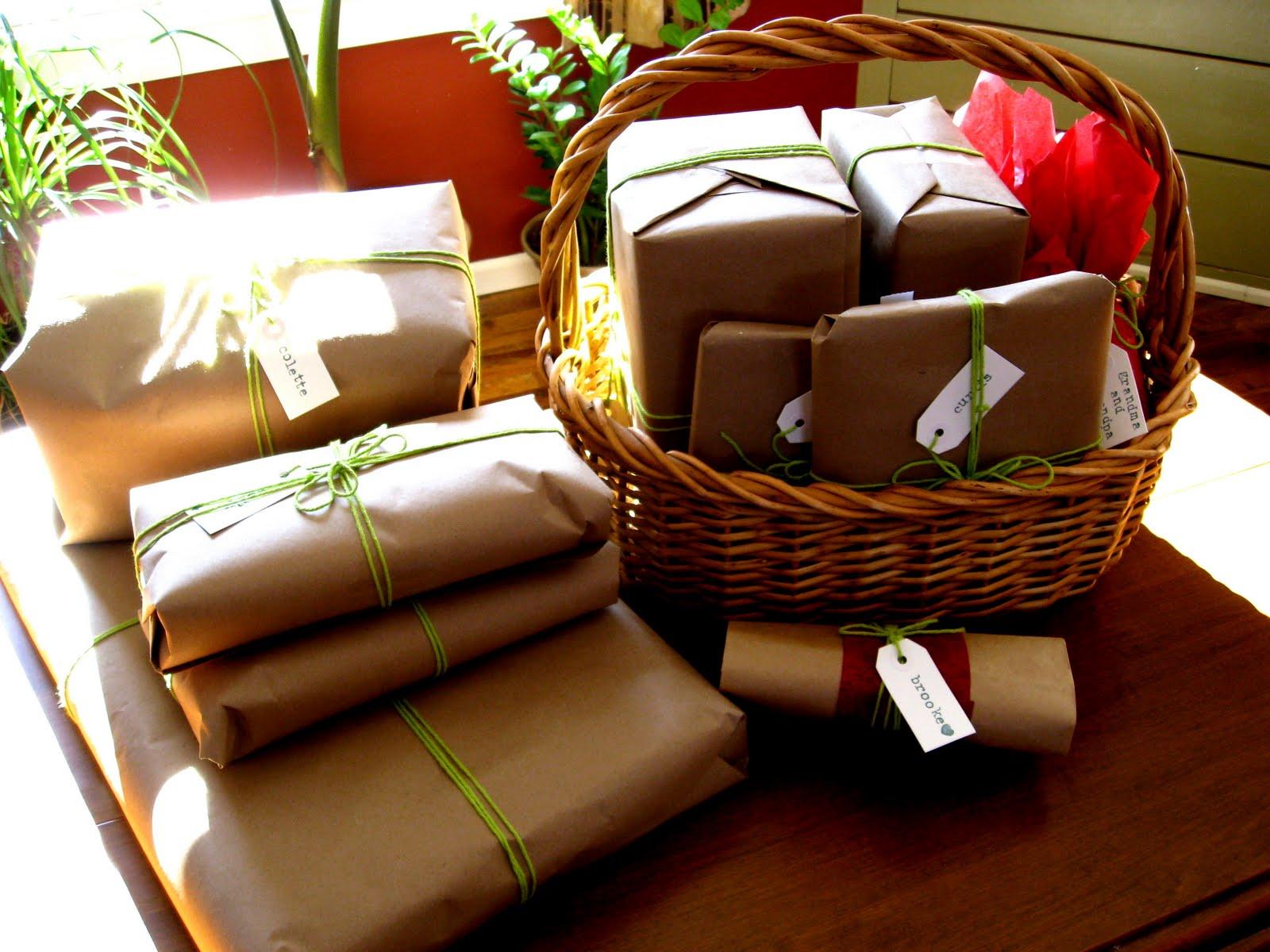 [presents+17.jpg]