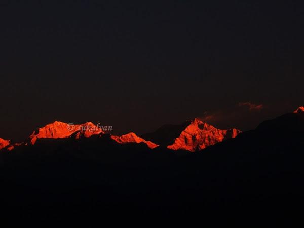 Sunrise from Peling, Sikkim - travel photography by Sukalyan Chakraborty
