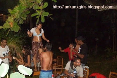 Sri lankan girls pool party