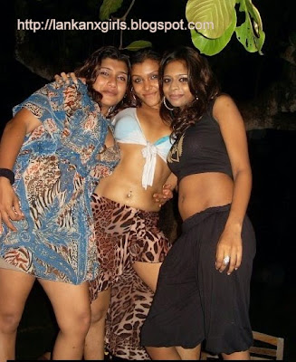 three sri lankan hot girls