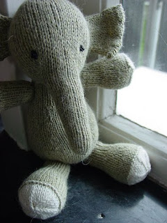 Free Knitting Patterns Stuffed Toys : Craft Attic Resources: Knit Amigurumi and Stuffed Animals ...