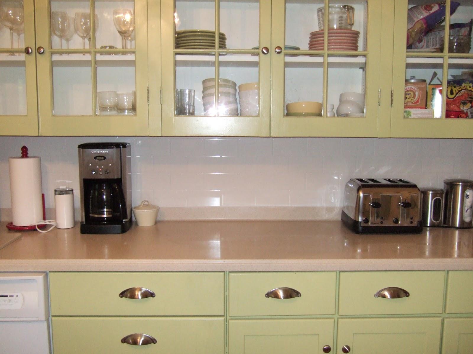 1940s Kitchen CabiDoors