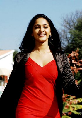 everactress-anushka-hot-desi-sizzling-sexy-photos-gallery-ever-18.jpg