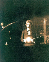 Mark Twain in Tesla&#39;s Laboratory