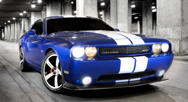 Dodge Challenger 392 Srt8. Dodge Challenger SRT8 392