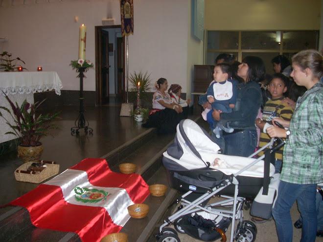 PRESENTACIÓNDE NUESTROS NIÑOS AL SEÑOR DE LOS MILAGROS 2009