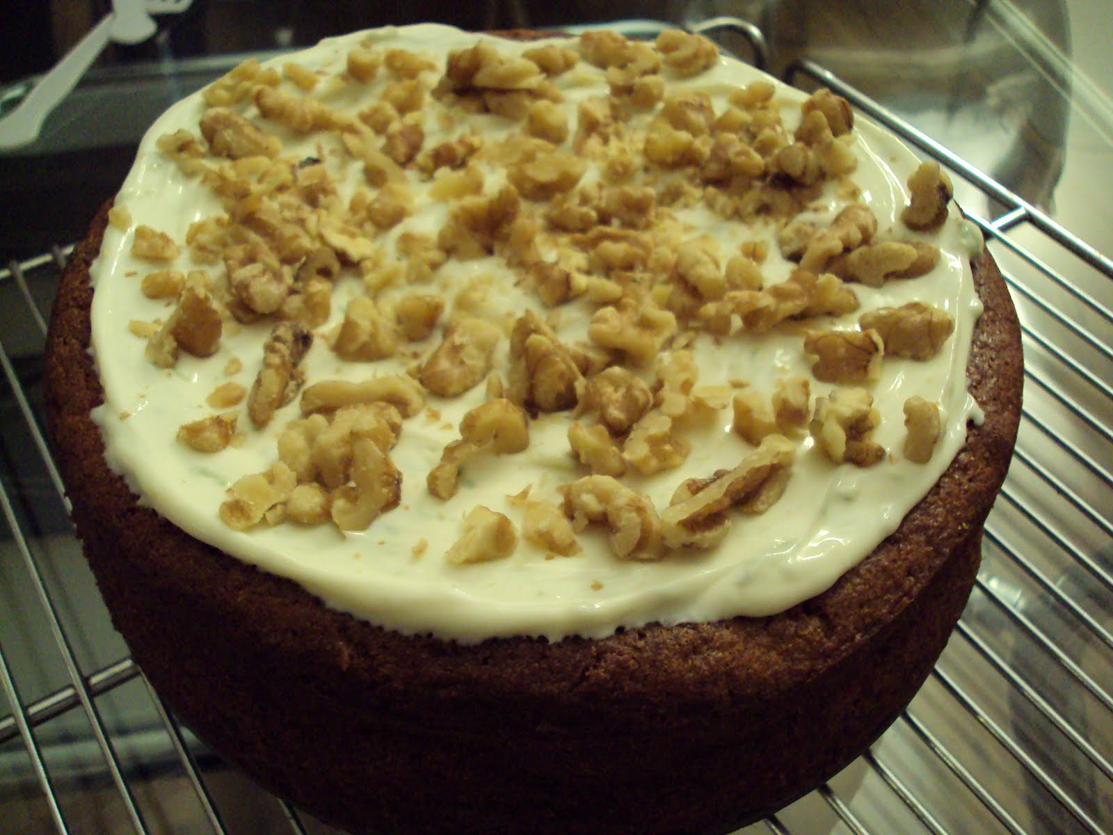 Me, My Food and I: A rather pleasing carrot cake with lime ...