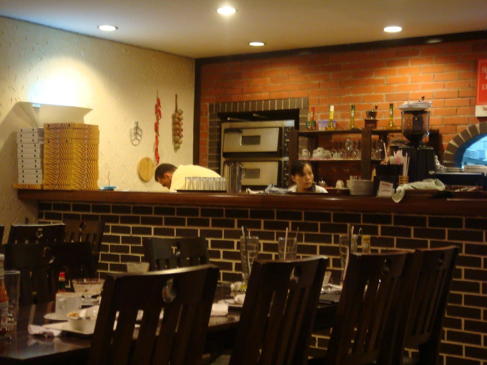 Oo Cute Piggybie Oo Venezia Italian Restaurant