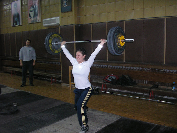 Gwen with Power Clean/slpit jerk with 80kg