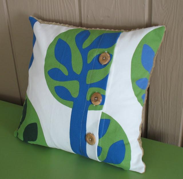 Button Throw Pillow Tutorial - Sew Much Ado