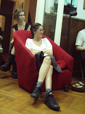 noelia enel sillon rojo