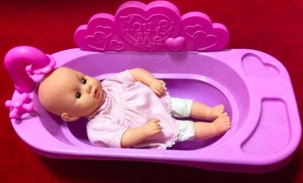 macam macam ada you n me baby doll bathtub. Black Bedroom Furniture Sets. Home Design Ideas