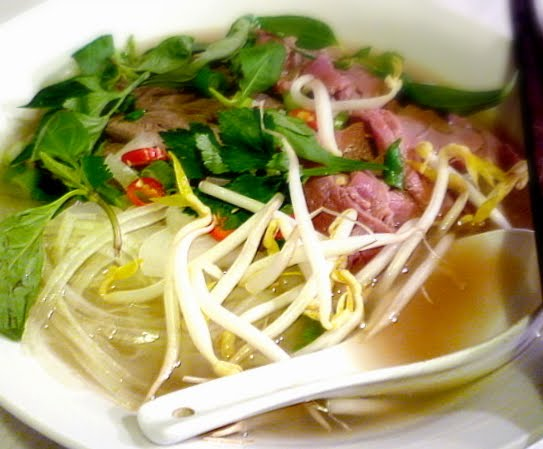 ... tummies: A Bowl Of Pho Bo (Beef Pho) & A Wonderful Parcel From Bo