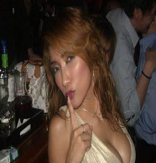 Tante Girang Hot Versi Foto Telanjang